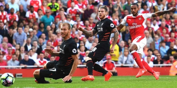 Lihat England Football Match Liverpool Vs Arsenal
