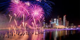 Lihat New Year's Eve In Singapore